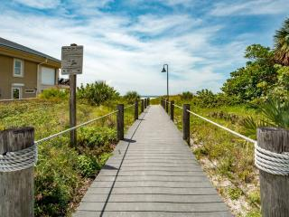 Beachside Villa - Weekly Beach Rental - Clearwater Beach vacation rentals