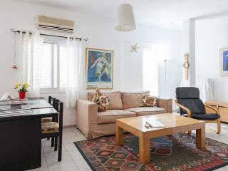 Charming 2 bedroom apartment - Netanya vacation rentals