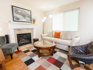 West Seattle Home: Quiet, near Downtown & Airport - Seattle vacation rentals