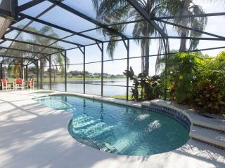 The Retreat - Explore Disney & Florida in style - Kissimmee vacation rentals