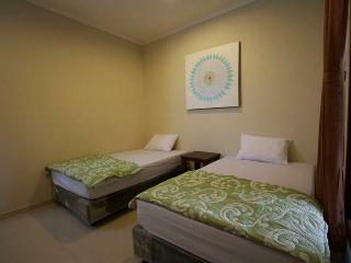 Cixwahs Surf House- new guesthouse with fast wifi - Kuta vacation rentals