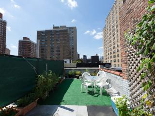 2br Duplex Steps Away From Empire State Building - New York City vacation rentals