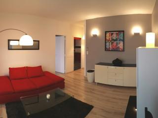 T2 55m² équipé, climatisé + Parking gratuit - Bastia vacation rentals