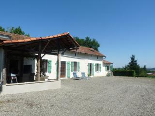 Holiday home rental - Monfaucon with Swimming Pool - Maubourguet vacation rentals