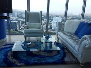 Beautiful Condo with Internet Access and A/C - South Miami vacation rentals