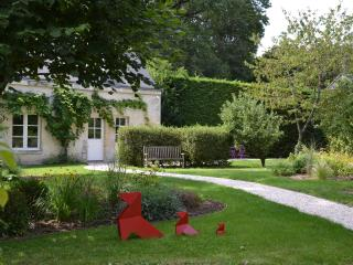 Charming Cottage near TOURS in the Loire valley - Tours vacation rentals