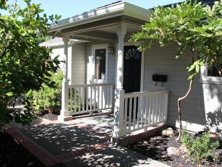 Jane's Sonoma Cottage - Sonoma vacation rentals