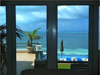 wonderful Home front beach in Cancun - Cancun vacation rentals