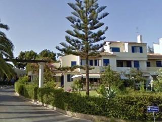 2 bedroom apartment with 2 balconies & 2 bathrooms - Alvor vacation rentals