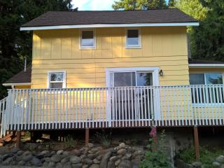 2 bedroom B&B with Deck in Olympia - Olympia vacation rentals