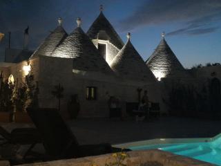 Quei Trulli diVini - Malvasia - Martina Franca vacation rentals