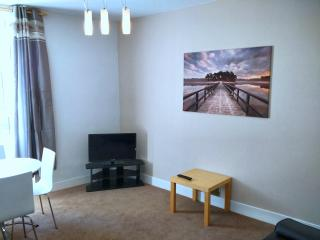 16rc - Dunfermline Self-Catering - Dunfermline vacation rentals