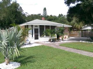 Romantic Shabby Chic Cottage - Palmetto vacation rentals