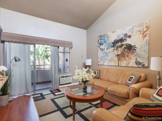 Spacious Modern Upstairs Condo - Pacific Beach vacation rentals