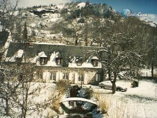 House in Thiézac, at Jeannick's place - Thiezac vacation rentals
