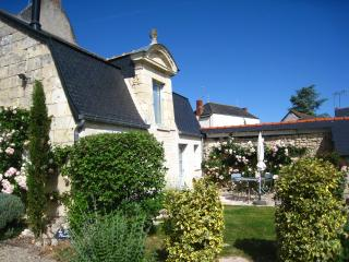Romantic Gite with Internet Access and Hot Tub - Noyant-la-Plaine vacation rentals
