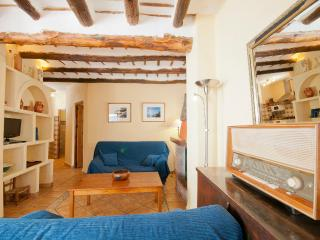 Beautiful 2 bedroom Bubion House with Short Breaks Allowed - Bubion vacation rentals