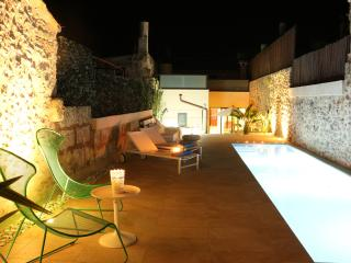 3 bedroom House with Internet Access in Llubi - Llubi vacation rentals