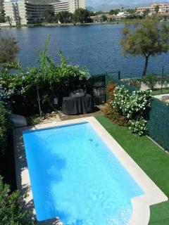 Duplex property sleeps 6/8 A/C Wi fi. Private pool - Puerto de Alcudia vacation rentals