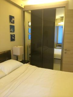 city view large apt with 2bedr and 2bathr - Hong Kong vacation rentals