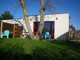 Nice House with Washing Machine and Television - Sarzeau vacation rentals