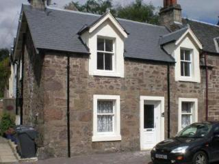 2 bedroom Cottage with Internet Access in Callander - Callander vacation rentals