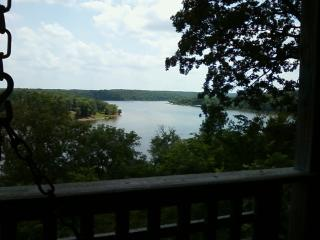 Spectacular Lake View from Kilmer's Log Cabin - Urbana vacation rentals