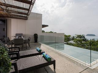 Sea View 2-Bed Apartment in Kata - Kata vacation rentals