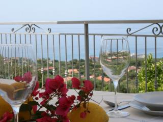 Bright House with Internet Access and A/C - Marina di Camerota vacation rentals