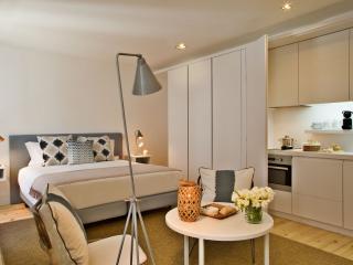 Lisbon Five Stars - Combro 77 - Studio Apt - Lisbon vacation rentals