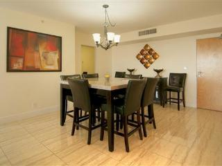 Perfect 1 bedroom Vacation Rental in Surfside - Surfside vacation rentals