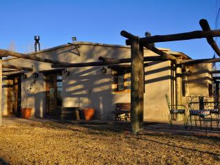 Nice 2 bedroom Farmhouse Barn in Mendoza - Mendoza vacation rentals
