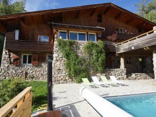 LE GRAND CHALET SERRE CHEVALIER - 420 m2 - PISCINE - La Salle les Alpes vacation rentals