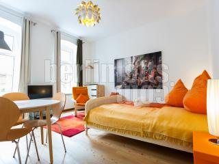 Nice Studio with Internet Access and DVD Player - Berlin vacation rentals