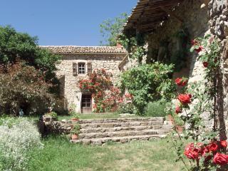 Petite Maison Dalberto - Val-Maravel vacation rentals