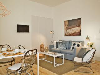 Lisbon Five Stars - Combro 77 - 1 Bedroom Apt - Lisbon vacation rentals