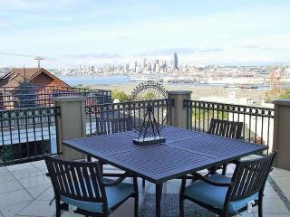 Flawless City and Mountians Views - Seattle vacation rentals