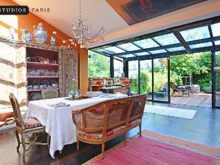 Rising Sun - Paris vacation rentals