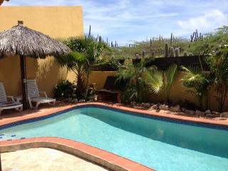 Aruba Villa with private pool, 3 min. from beach - Noord vacation rentals