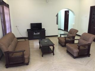 Bright 2 bedroom Lodge in Coimbatore with A/C - Coimbatore vacation rentals