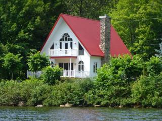 Riverside House In Nature 20 Min From Old Quebec - Quebec City vacation rentals