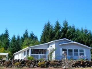 Caroline Farmhouse - Newberg vacation rentals