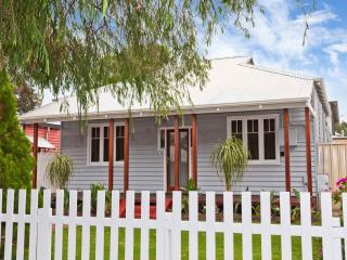 The Cafe Strip Cottage - East Victoria Park vacation rentals