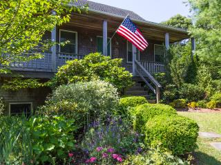 MELAF - Sparrow Lane House,  Newly Furnished,  Sleeps 7, Spacious Deck and - Edgartown vacation rentals