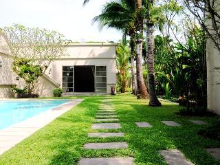 3 BDR LUXURY POOL VILLA - Bang Tao - Bang Tao Beach vacation rentals