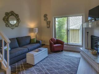 Pet-friendly, sophisticated studio w/ hot tub & golf course! - Sun Valley vacation rentals