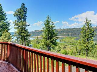 Outstanding lake & river views, private location - dog-friendly! - Harrison vacation rentals