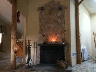 Perfect 2 bedroom Cottage in West Jefferson with Internet Access - West Jefferson vacation rentals