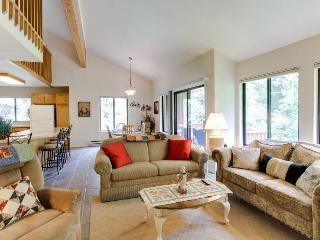 Fantastic 3BR condo with loft & resort attractions - McCall vacation rentals