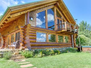 Gorgeous log cabin w/ five acres, hot tub & pond - McCall vacation rentals